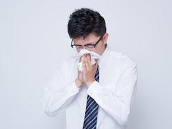 突然鼻血が出た!鼻血がよく出る!鼻血の原因と止め方
