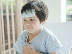 子どもの高熱が続く…!考えられる病気はコレ