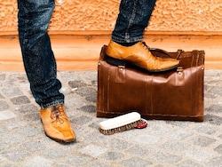 マツコの知らない世界出演!靴ガイド飯野高広の靴磨きグッズまとめ