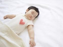 母乳神話、自然療法…出産・育児の「いきすぎ信仰」にモノ申す!