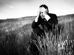 自分のストレスに鈍感な「失感情症」が身体に及ぼすリスク