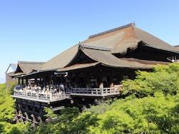 清水の舞台から飛び降りた人の生存率は? 京都観光の雑学10