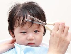 赤ちゃんの髪を自宅で散髪!乳児のヘアカット・上手に切る方法