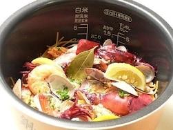 これって何人前!?炊飯器で簡単に作れちゃう巨大料理8選