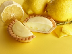 すっぱ爽やかレモン味で暑さに対抗!コンビニのレモンスイーツ9品