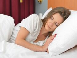 眠れない・寝付けない…快眠向けの身体を作る5つの方法