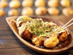 美味しいたこ焼きのメッカ!大阪・道頓堀の人気たこ焼き屋