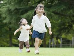 先輩ママに聞く!2人目の子作りは何歳差・何学年差が育てやすい?