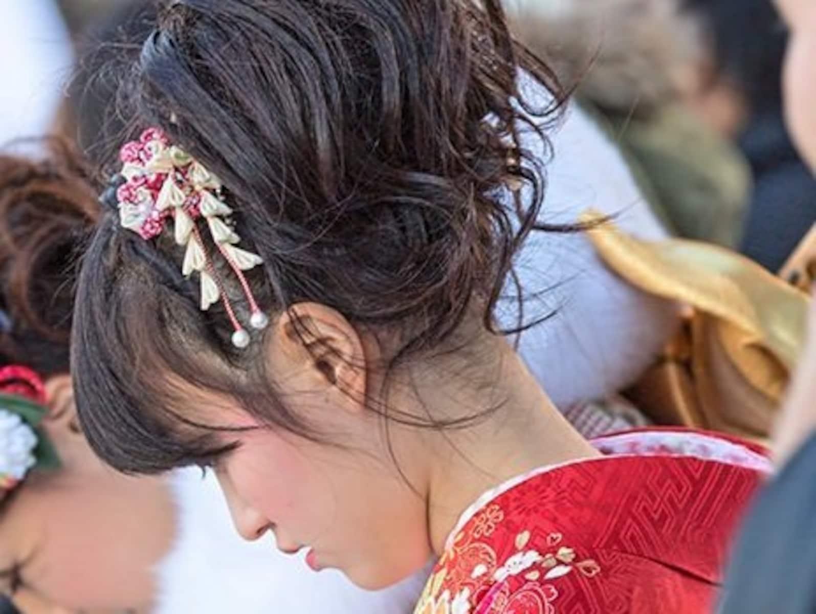 自分でできる袴ヘアアレンジ&髪型カタログ